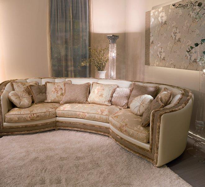 divano-classico-pelle-venere-1