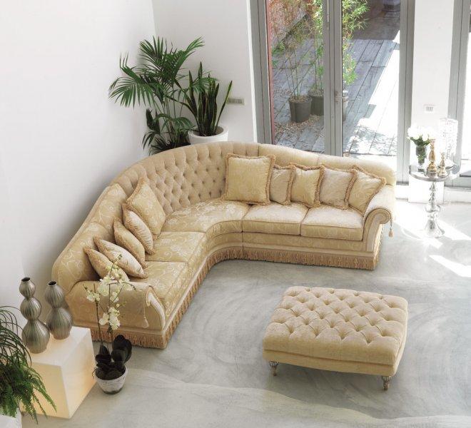 glicine divano classico in tessuto damascato pigoli made