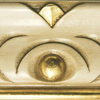 divano classico finitura in avorio oro