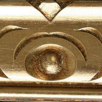 divano classico finitura in oro foglia