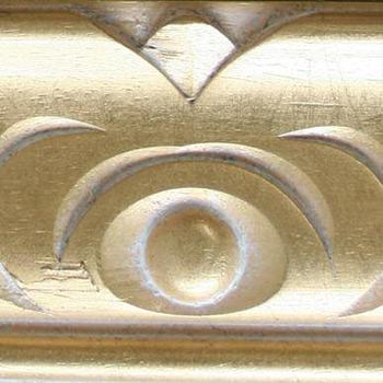 divano classico finitura in oro sbiancato