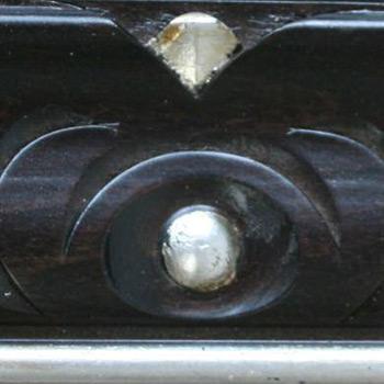 divano classico finitura in wengè argento